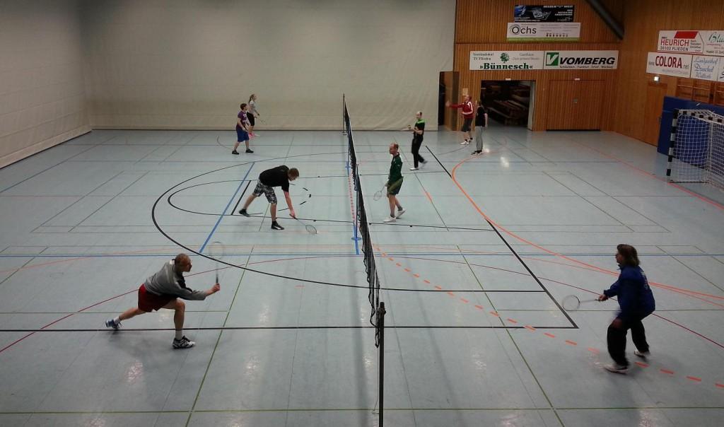 Drei Spielfelder standen in der Kreissporthalle in Flieden zur Verfügung.