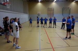 Begrüßung durch den Badminton-Abteilungsleiter des TSV Grebenhain 1906 Rainer Bönsel