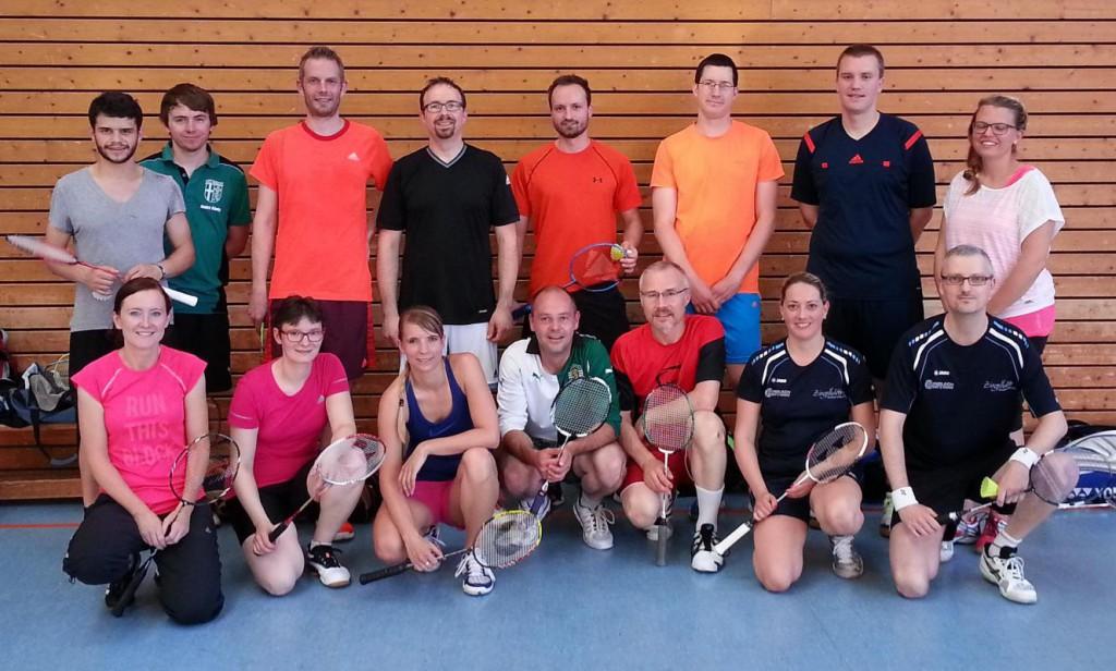 Hobbyliga-Mannschaften der FT Fulda und ESV Jahn Treysa (23. Juni 2016)